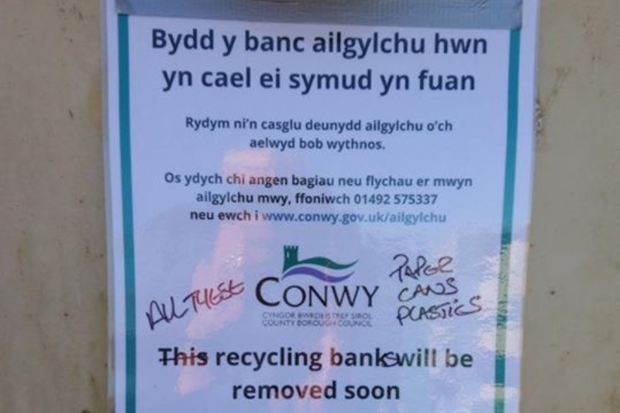 Town Clerk criticises Conwy Council for recycling fiasco