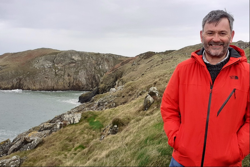 Trekking with Tudur to help expansion of local hospice